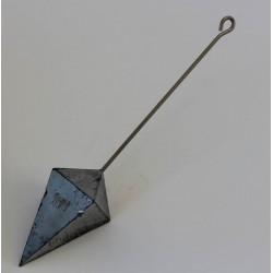 Plomb pyramide avec tige